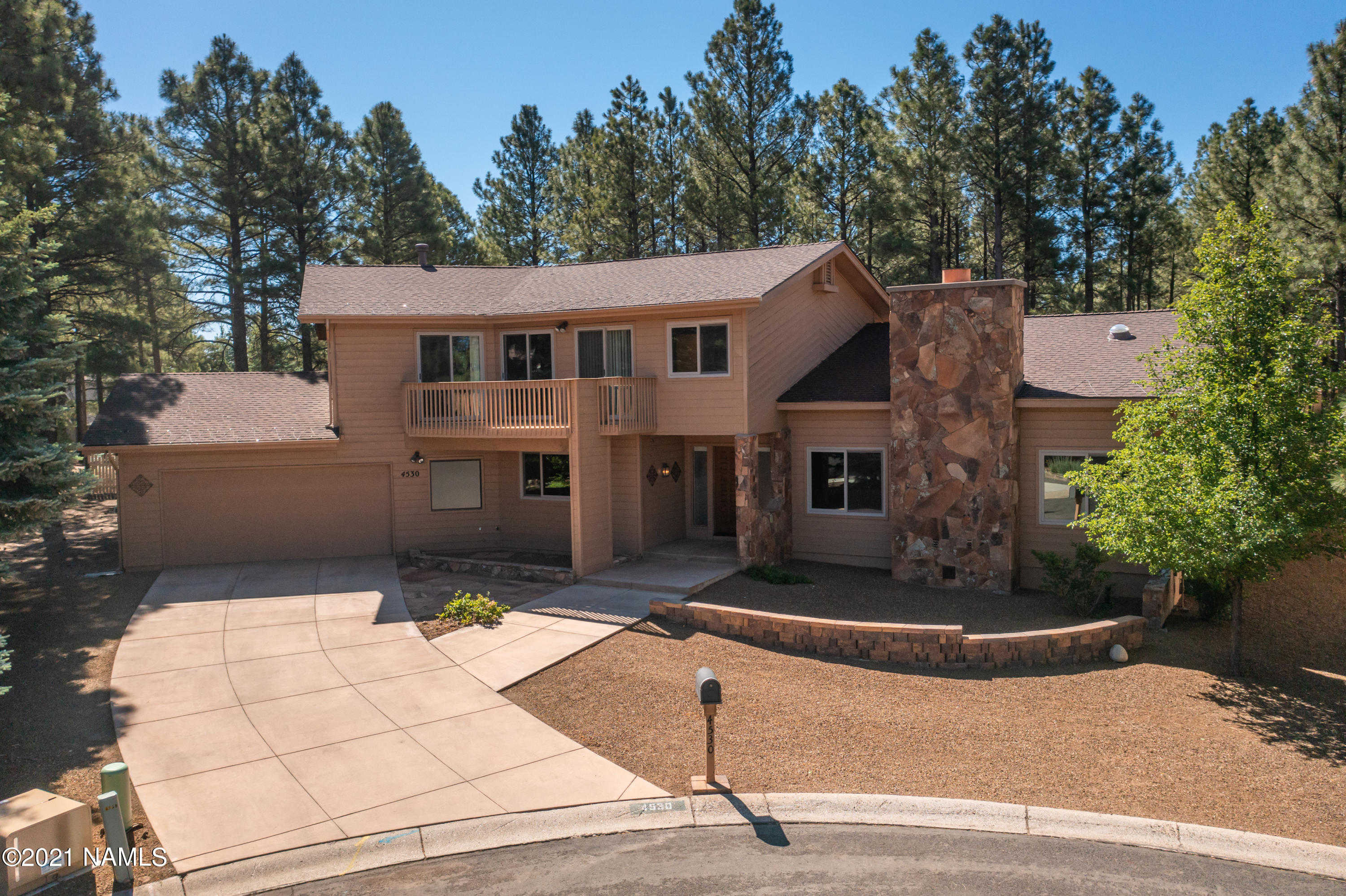$825,000 - 5Br/3Ba -  for Sale in Flagstaff