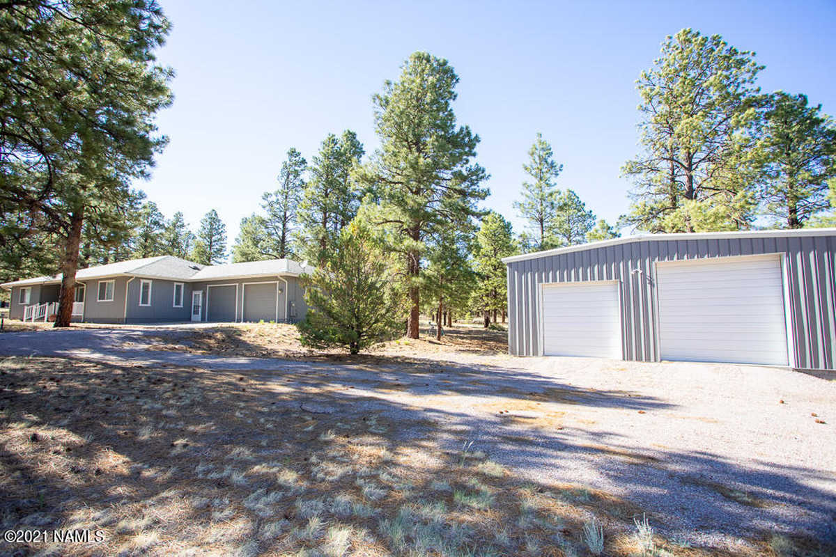 $899,850 - 3Br/4Ba -  for Sale in Flagstaff