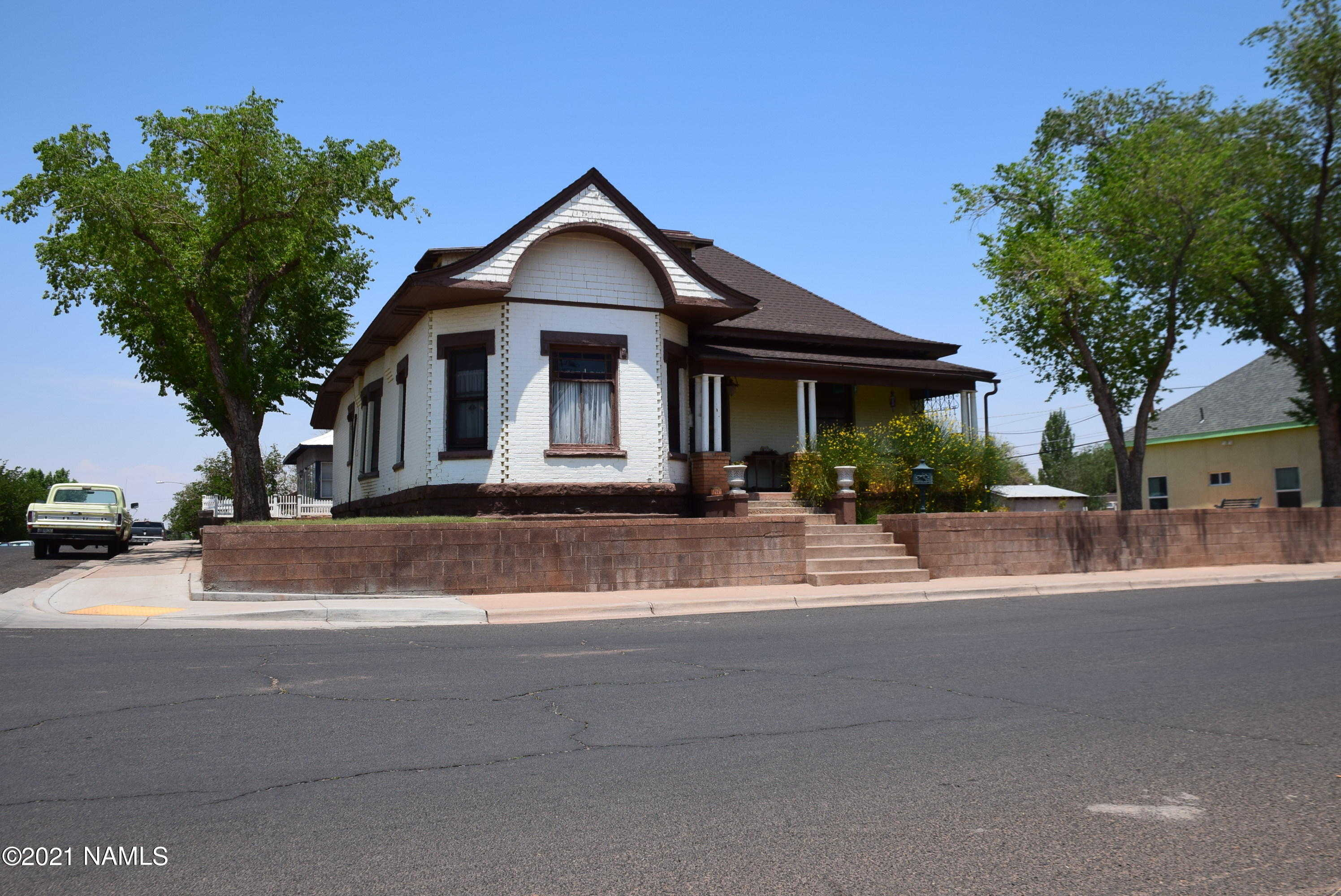 $325,000 - 5Br/2Ba -  for Sale in Winslow