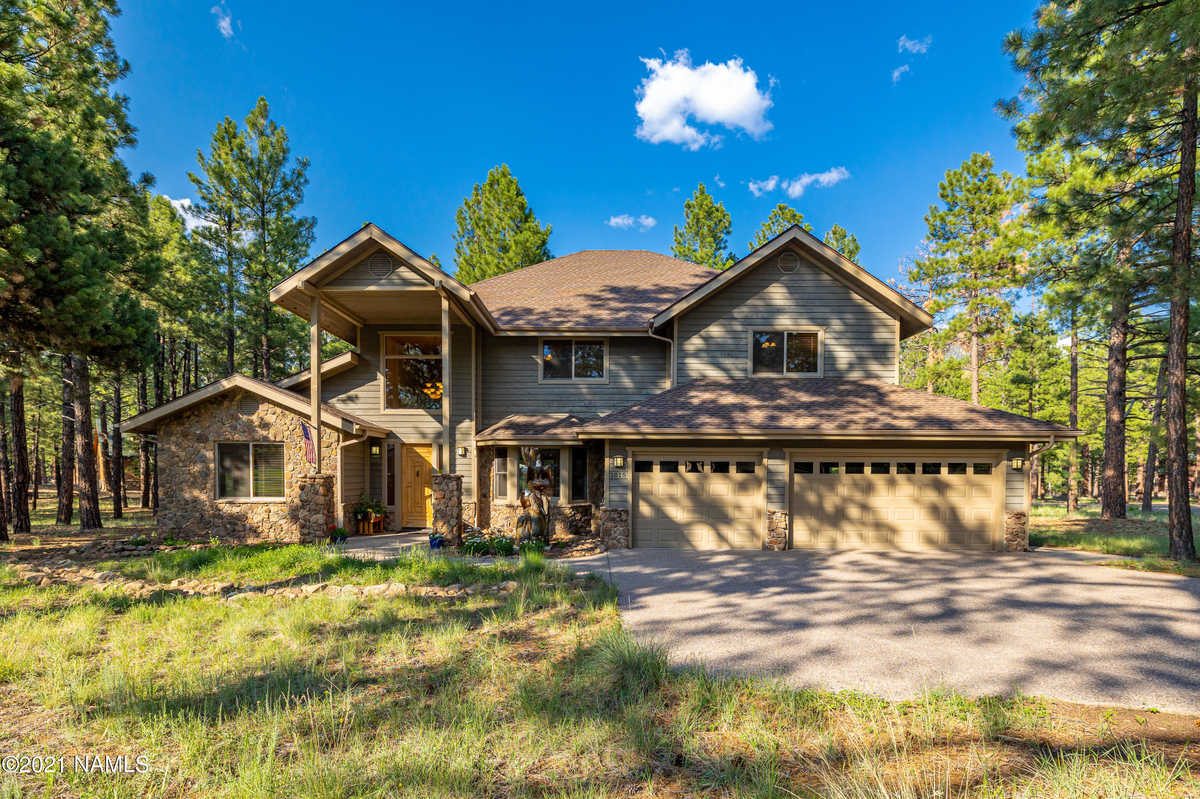 $1,525,000 - 4Br/3Ba -  for Sale in Flagstaff