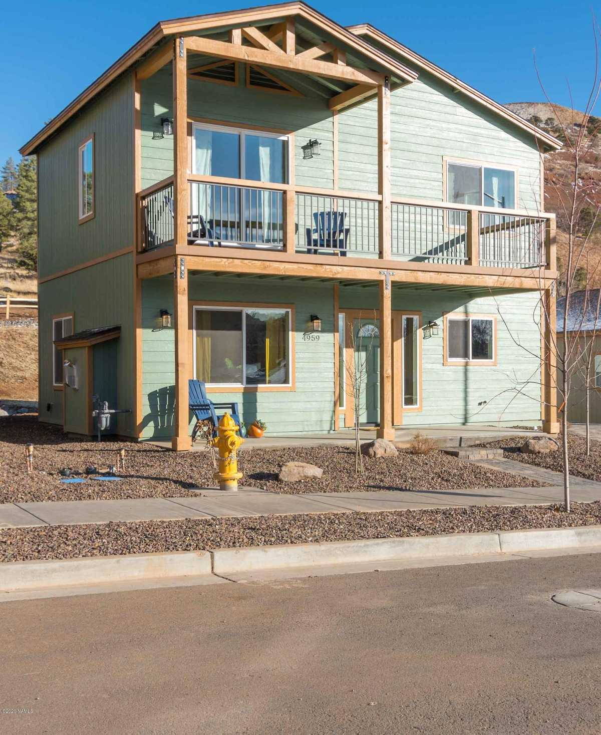 $372,400 - 2Br/3Ba -  for Sale in Flagstaff
