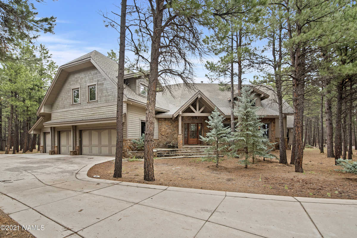 $2,250,000 - 4Br/4Ba -  for Sale in Flagstaff