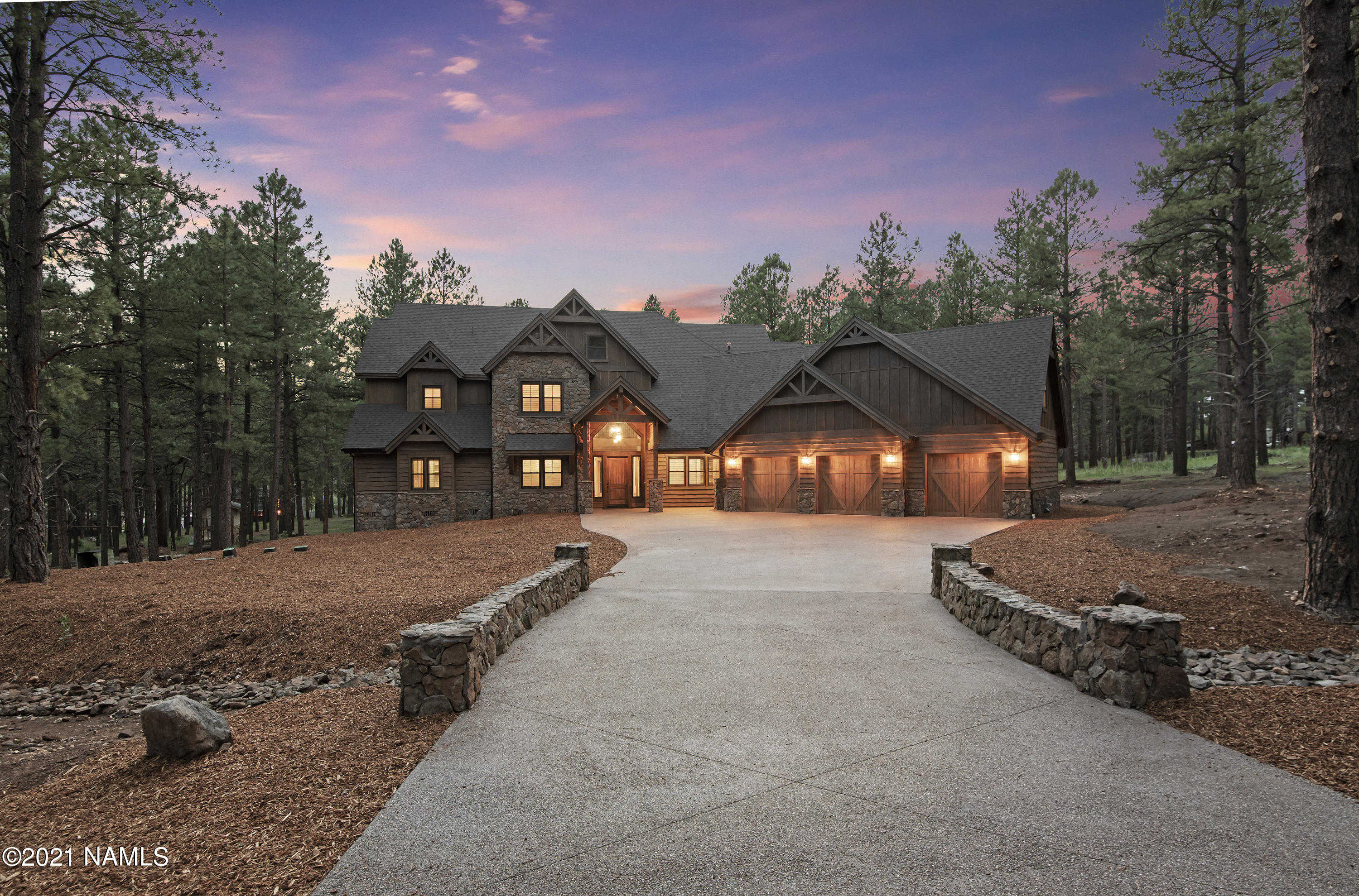 $2,350,000 - 7Br/4Ba -  for Sale in Flagstaff