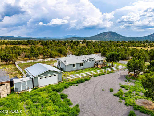 $698,000 - 3Br/2Ba -  for Sale in Williams