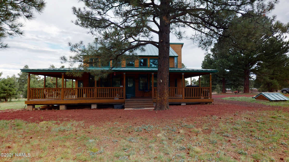 $899,000 - 3Br/2Ba -  for Sale in Parks