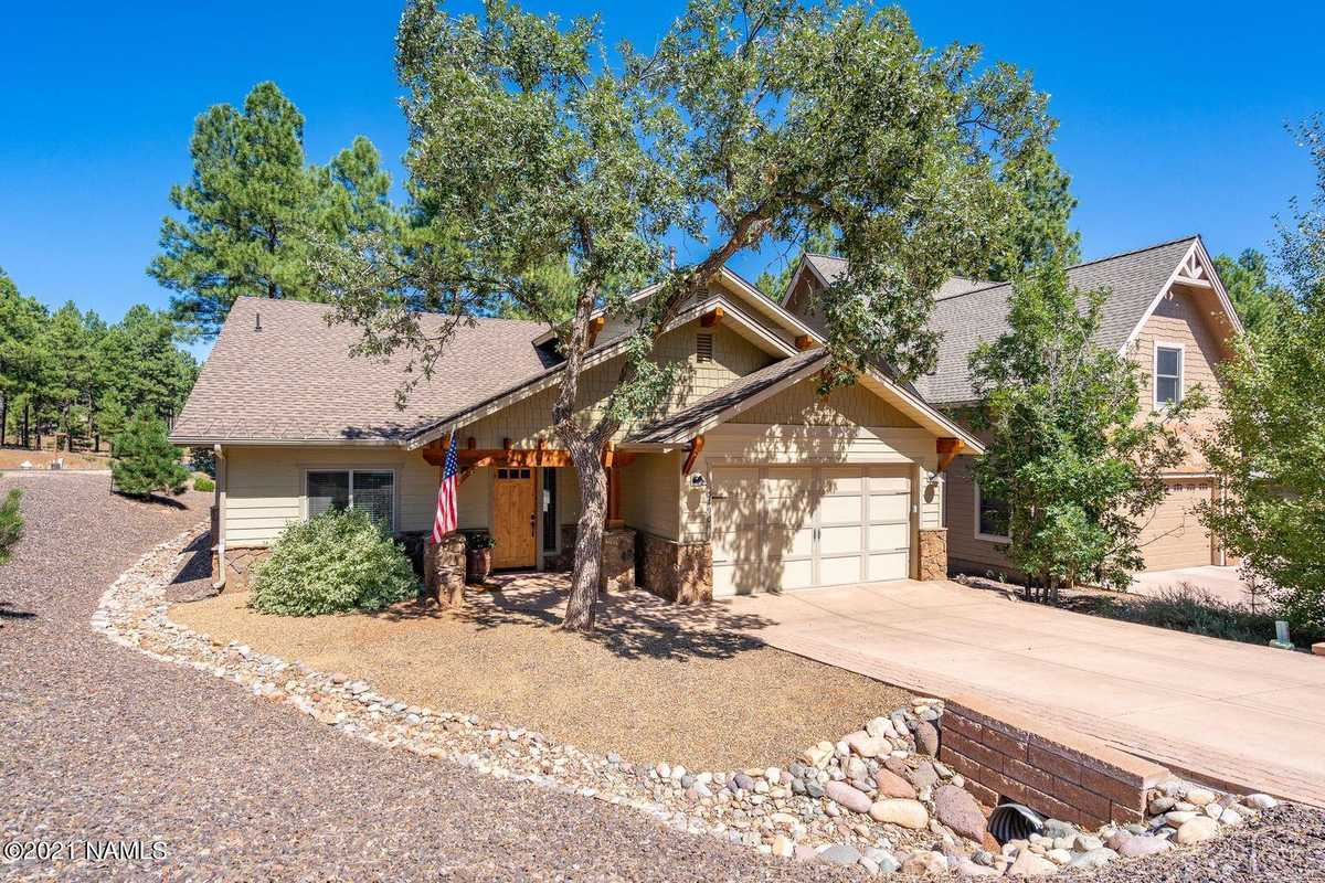 $799,000 - 4Br/3Ba -  for Sale in Flagstaff