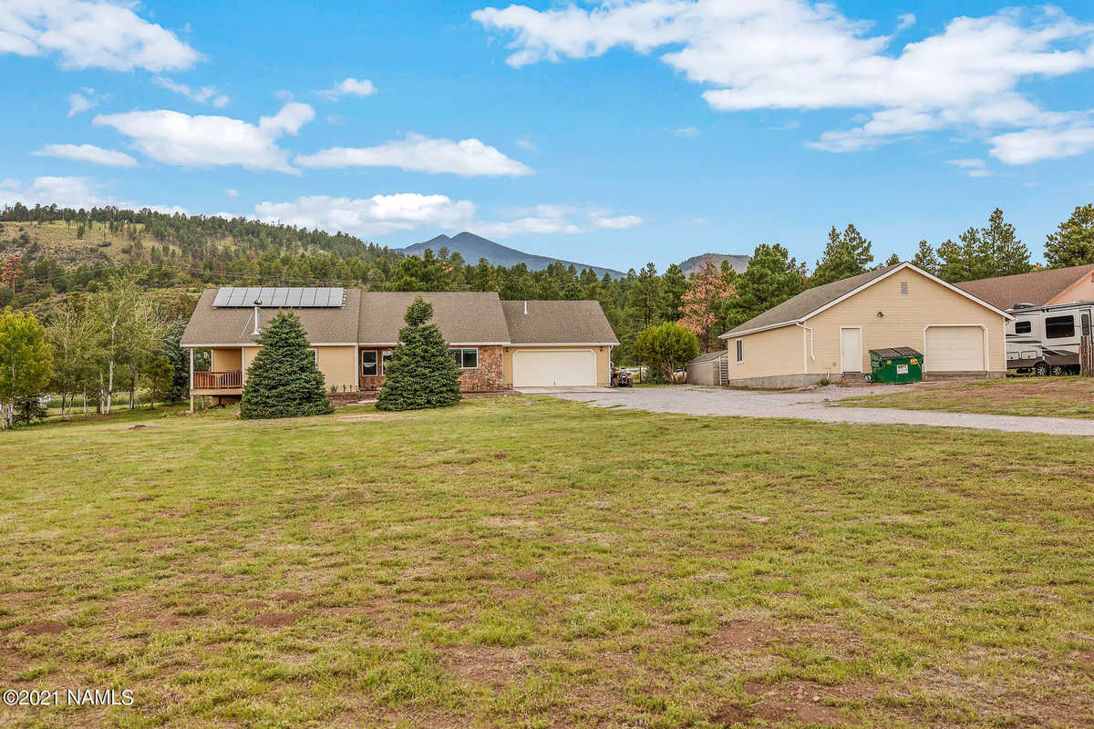 $839,900 - 3Br/2Ba -  for Sale in Flagstaff