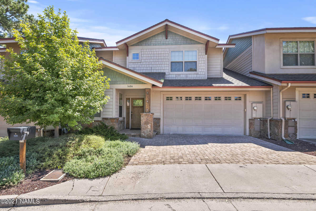 $598,500 - 3Br/3Ba -  for Sale in Flagstaff