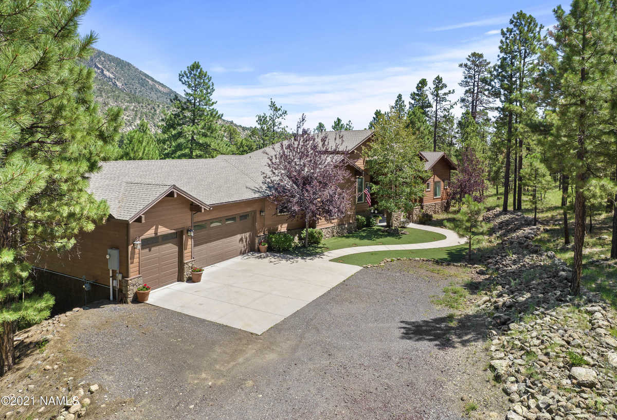 $2,195,000 - 4Br/4Ba -  for Sale in Flagstaff