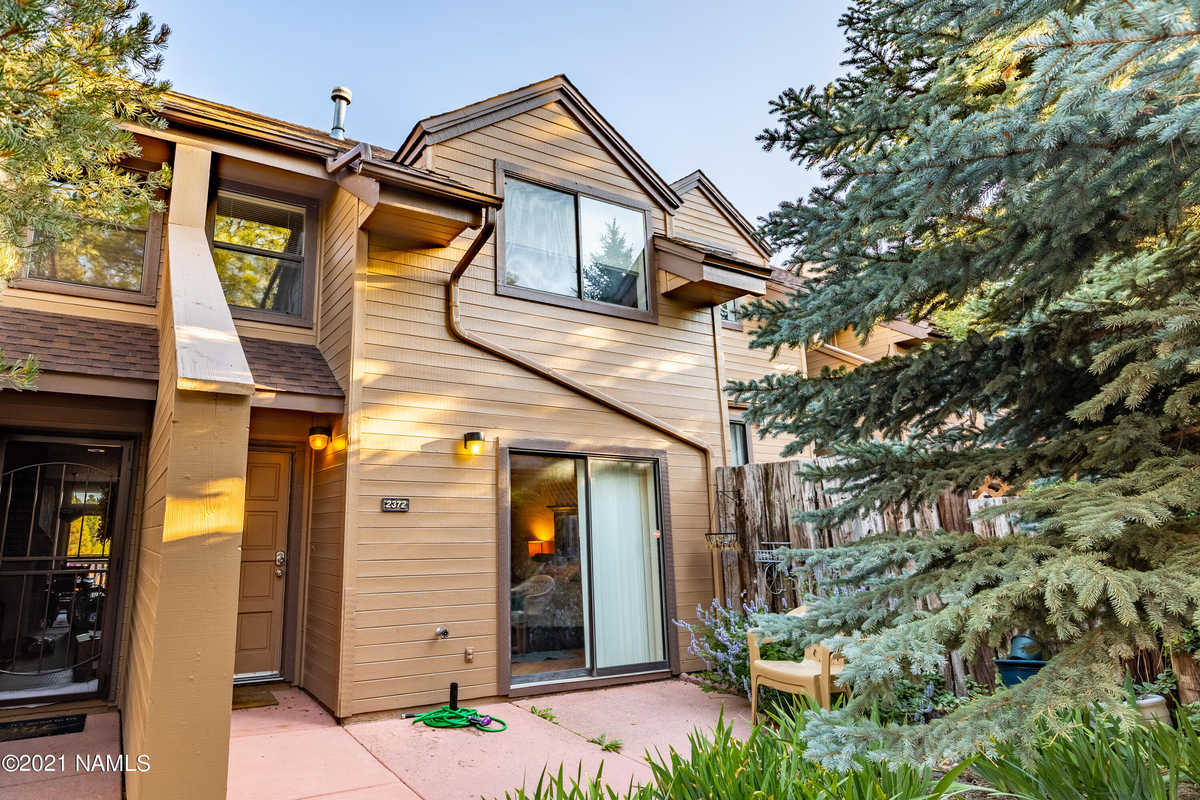 $399,000 - 3Br/3Ba -  for Sale in Flagstaff