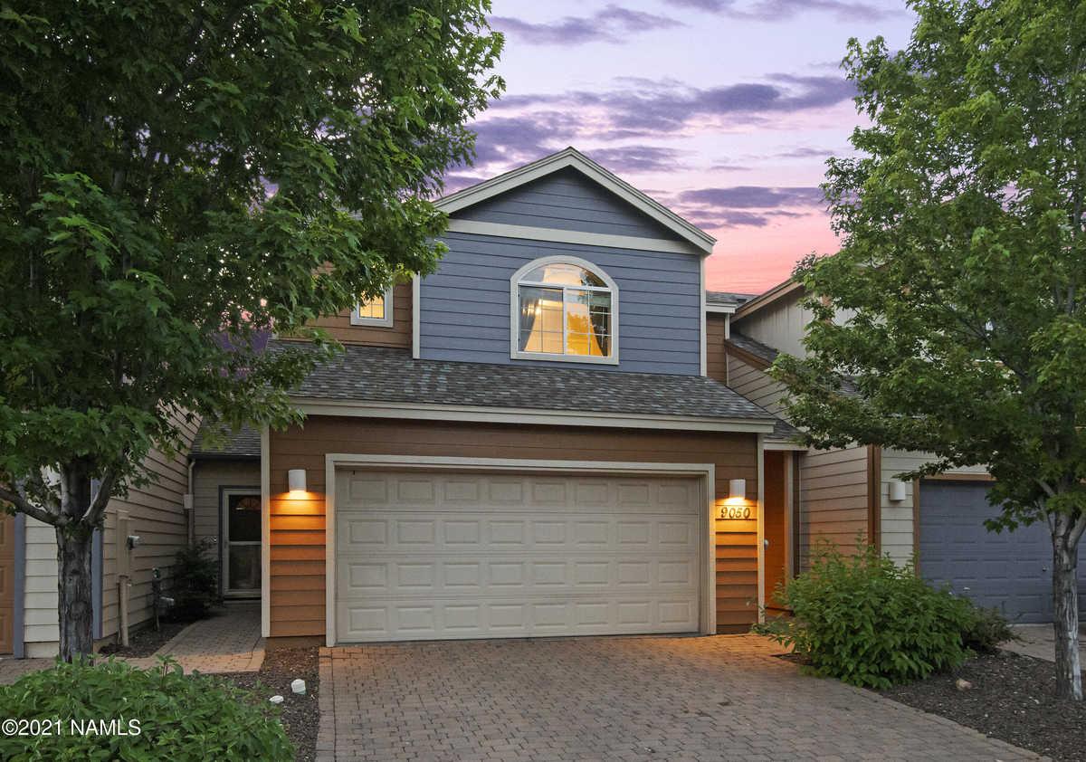 $349,000 - 3Br/3Ba -  for Sale in Bellemont