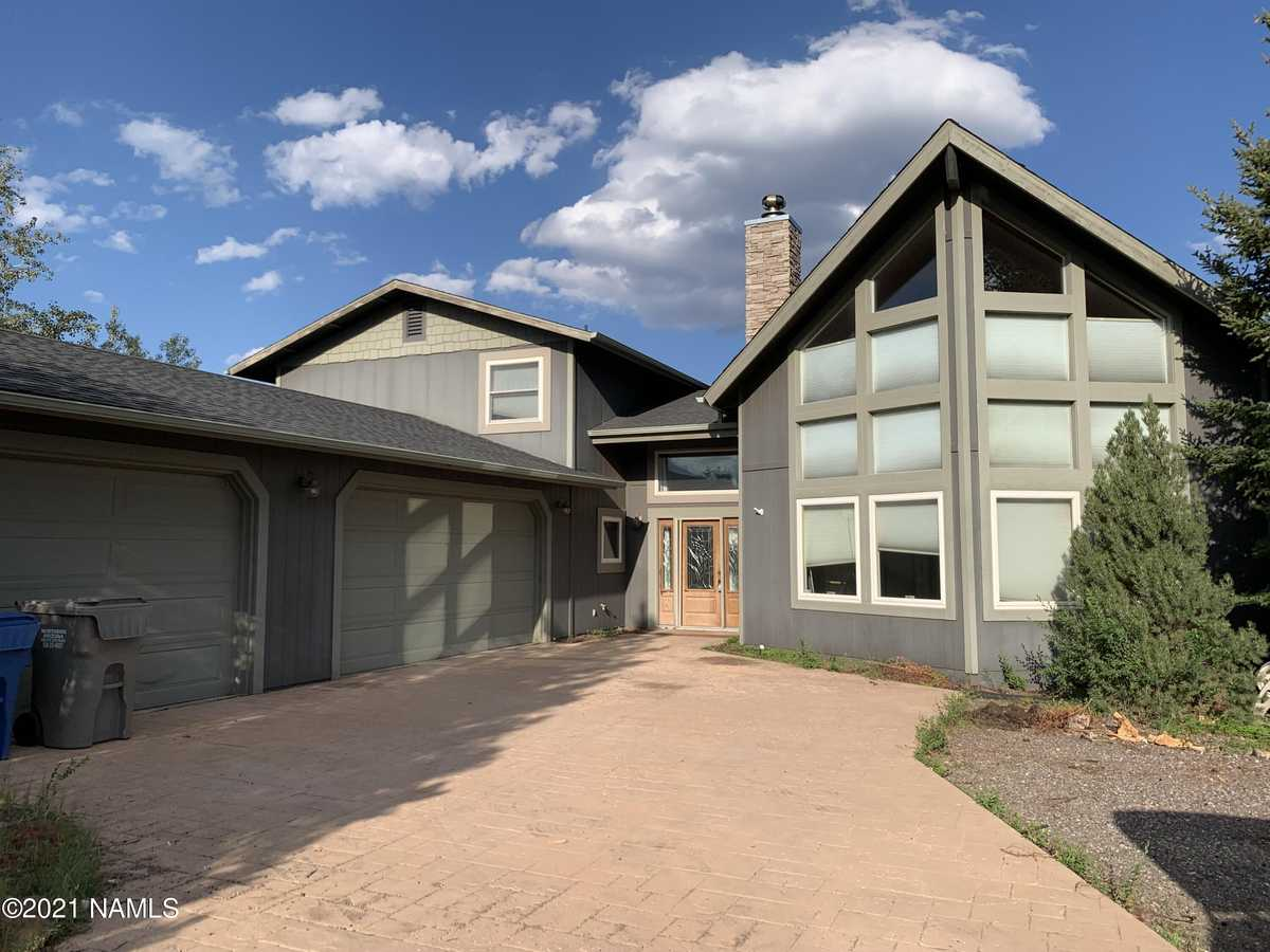 $649,900 - 3Br/3Ba -  for Sale in Flagstaff