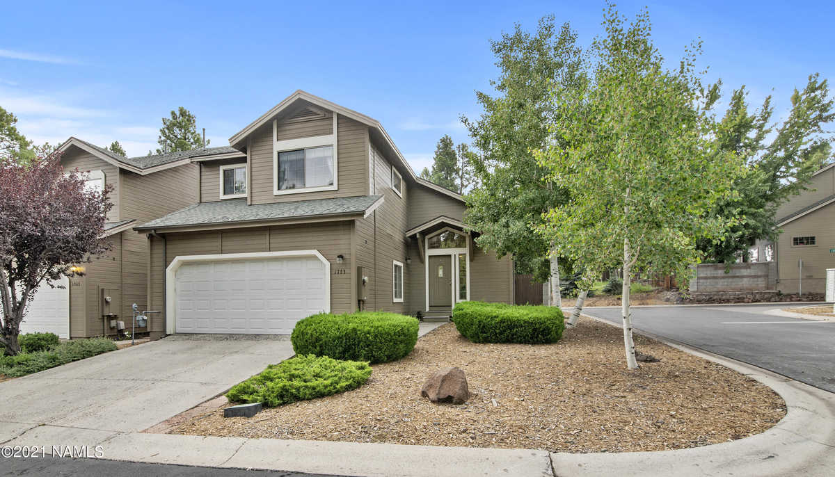 $465,000 - 3Br/3Ba -  for Sale in Flagstaff
