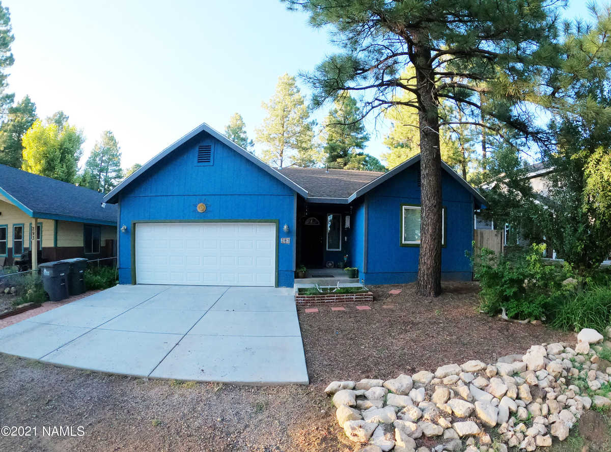 $479,000 - 3Br/2Ba -  for Sale in Flagstaff