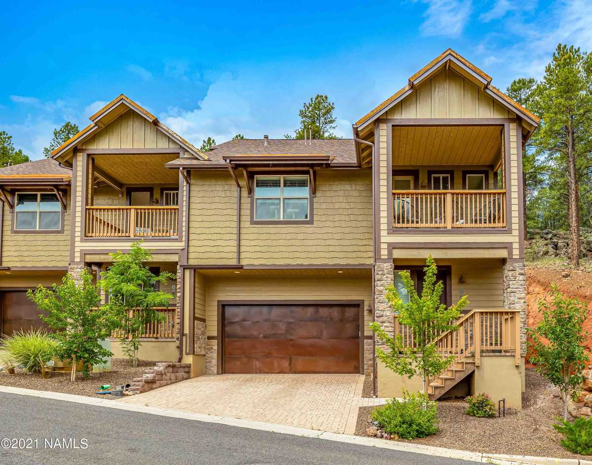 $749,900 - 3Br/3Ba -  for Sale in Flagstaff