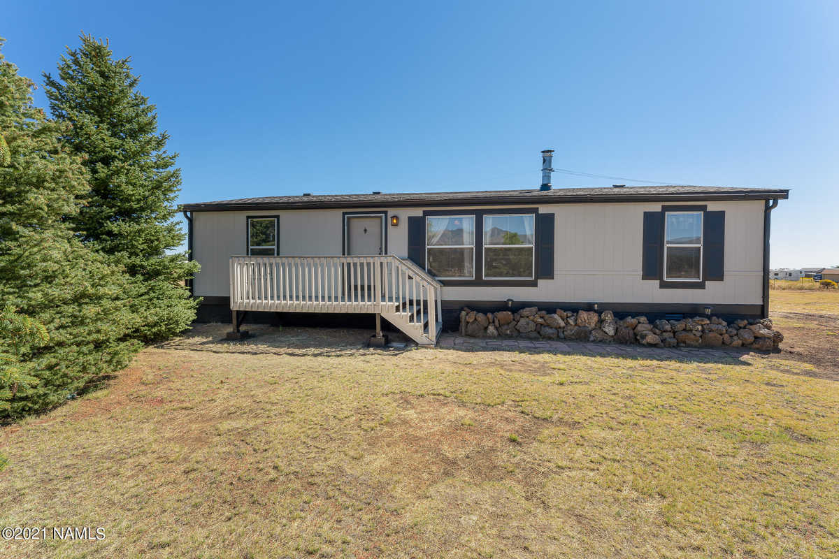 $355,000 - 3Br/2Ba -  for Sale in Flagstaff