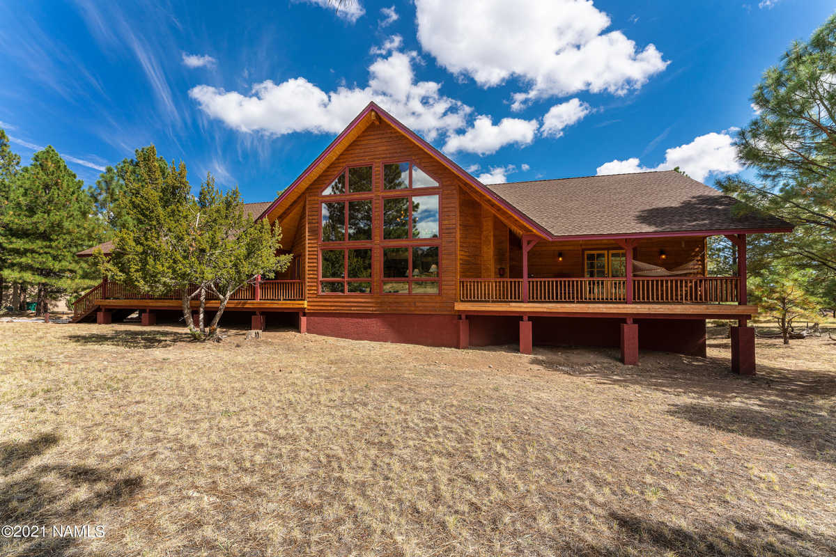 $1,820,000 - 4Br/4Ba -  for Sale in Flagstaff