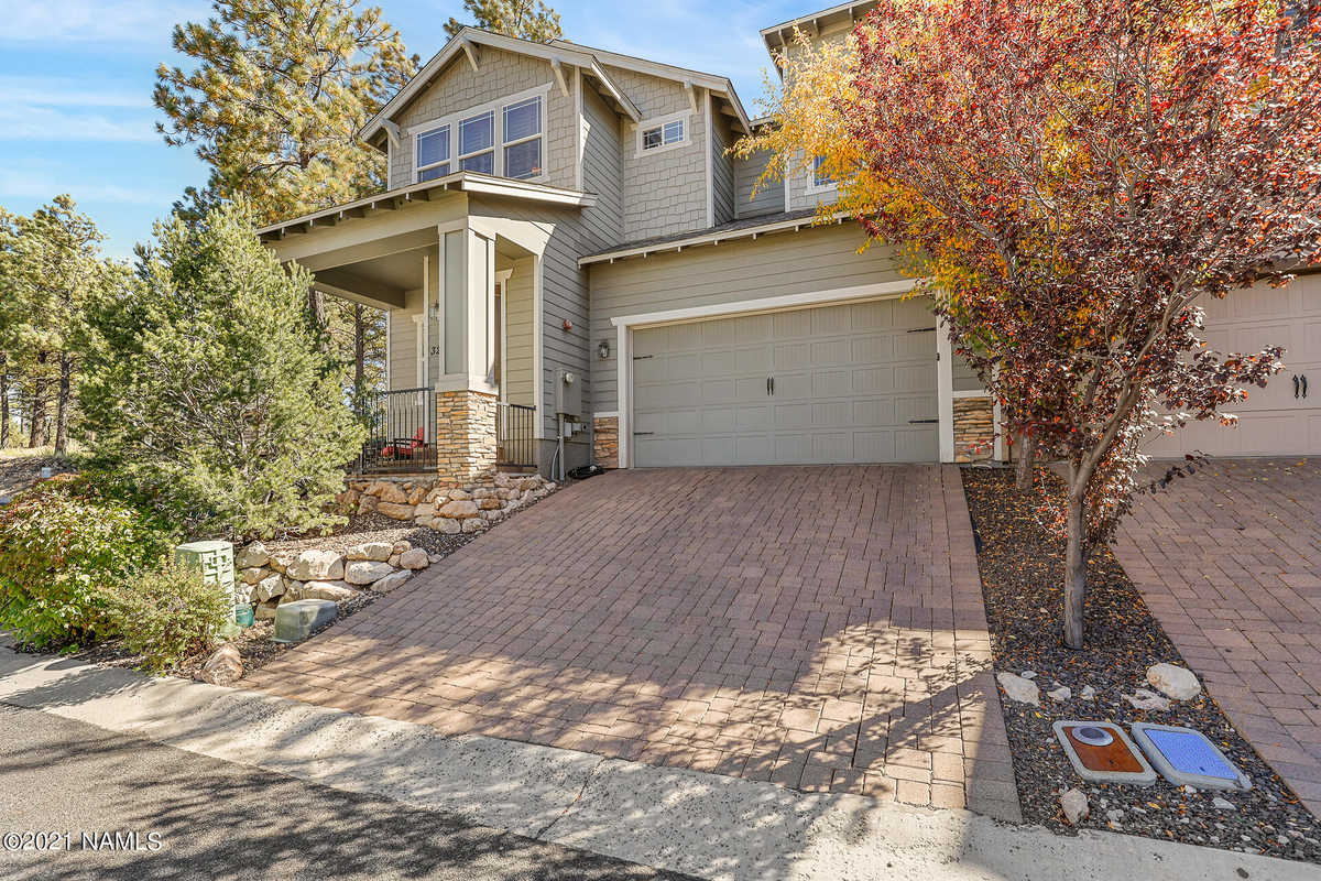 $568,900 - 2Br/3Ba -  for Sale in Flagstaff