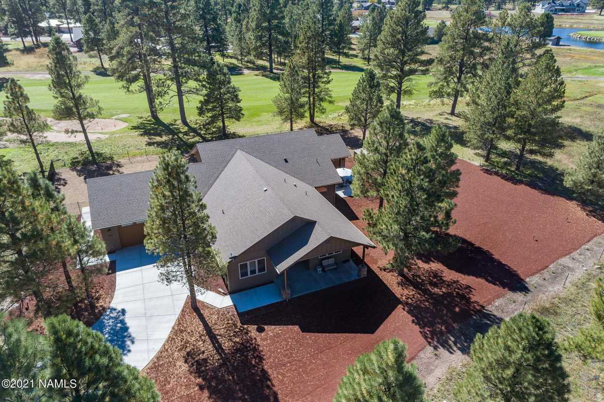 $999,000 - 4Br/4Ba -  for Sale in Williams