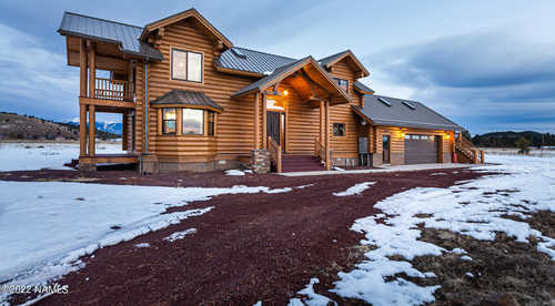 $1,588,888 - 4Br/3Ba -  for Sale in Parks