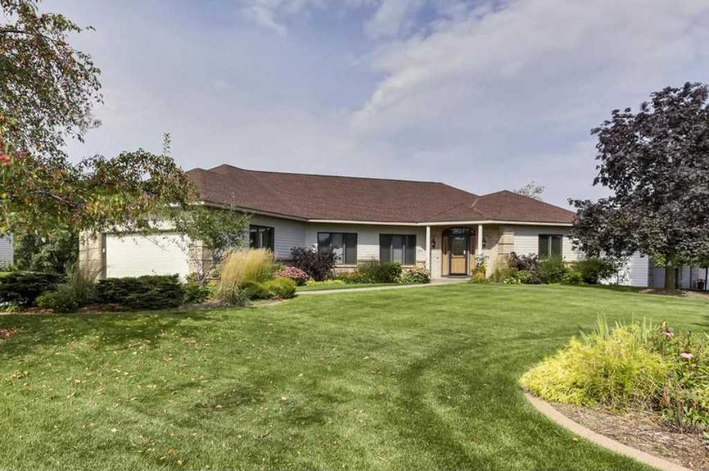 $420,000 - 4Br/4Ba -  for Sale in Maplewood Heights, Maplewood