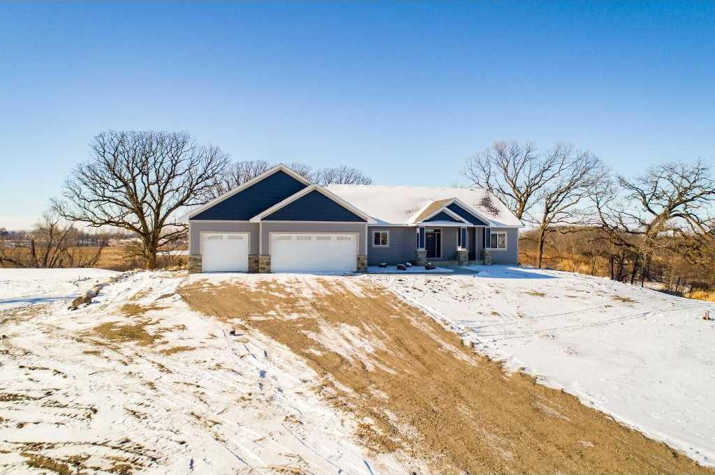 $749,995 - 4Br/4Ba -  for Sale in New Prague