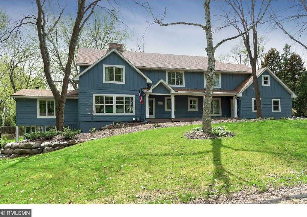 $1,250,000 - 6Br/5Ba -  for Sale in Minnetonka Beach