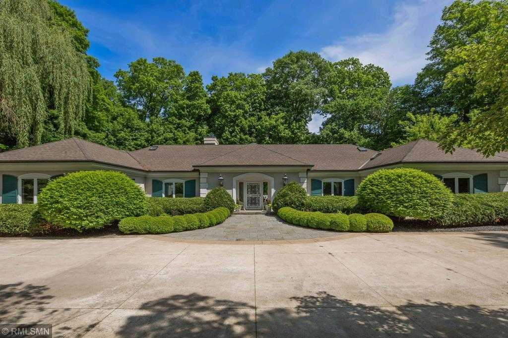 $1,875,000 - 3Br/5Ba -  for Sale in Deephaven
