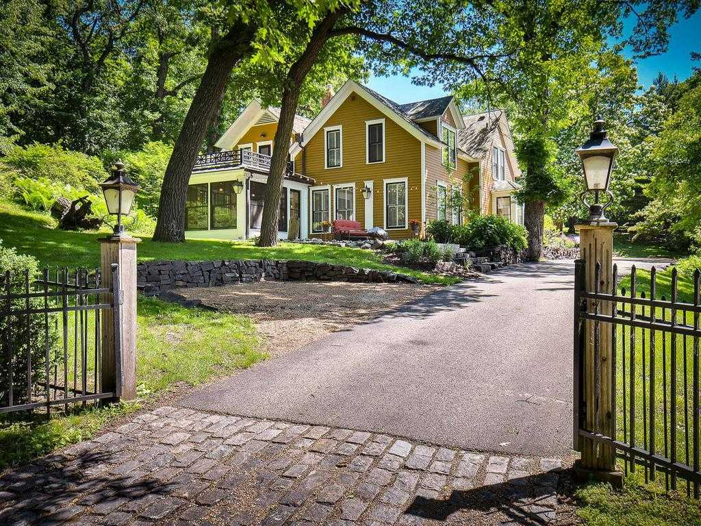 $1,395,000 - 5Br/5Ba -  for Sale in Woodland