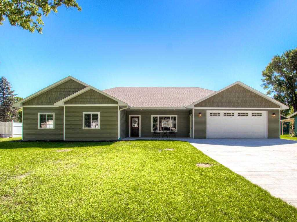 $324,900 - 3Br/3Ba -  for Sale in Belle Plaine
