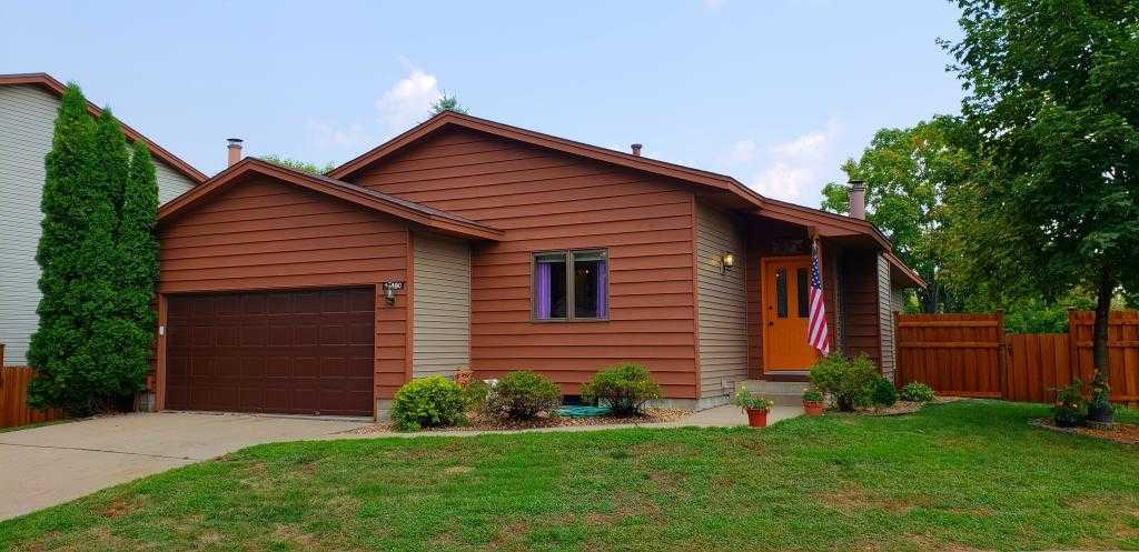 $250,000 - 4Br/3Ba -  for Sale in Emerald Point, Apple Valley