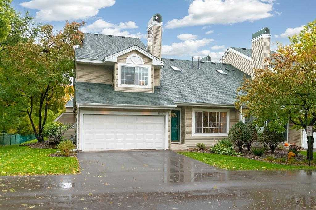 $259,900 - 2Br/2Ba -  for Sale in Suncourt Two Townhomes, Plymouth