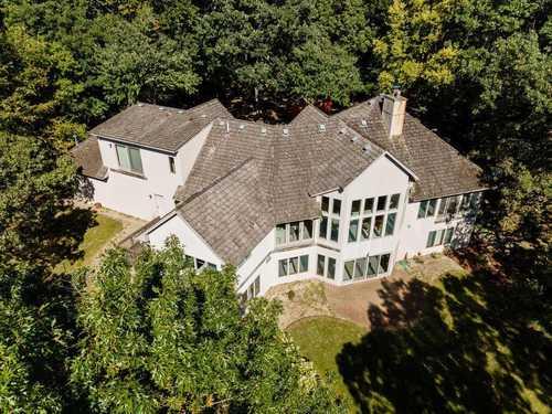 $750,000 - 5Br/4Ba -  for Sale in River Oaks Bluff, Belle Plaine