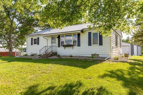 $569,900 - 4Br/2Ba -  for Sale in Prior Lake