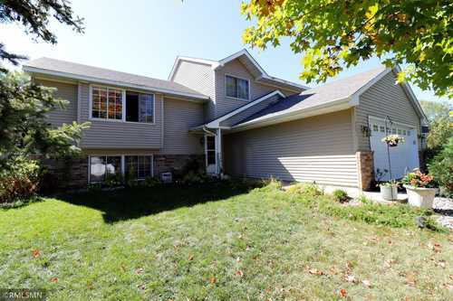 $449,900 - 4Br/3Ba -  for Sale in River Rapids, Savage