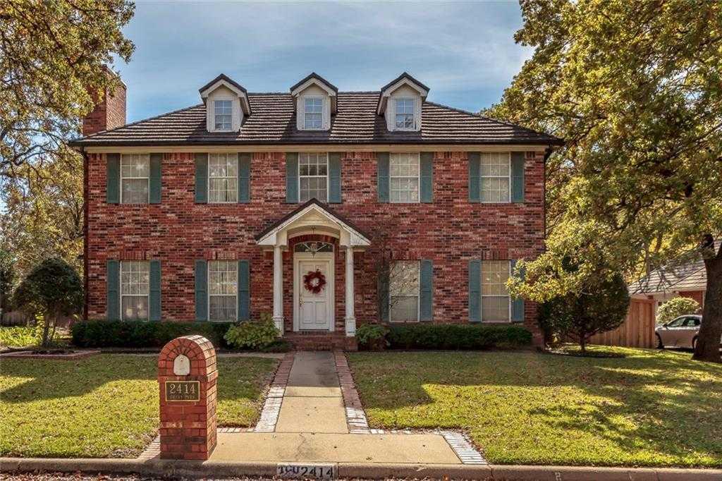 $425,000 - 4Br/5Ba -  for Sale in Deerwood Park Add, Arlington