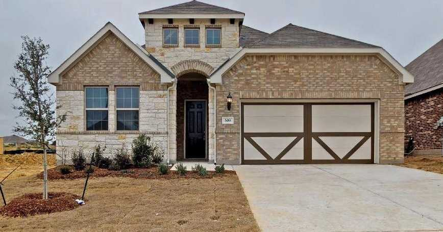 $304,990 - 5Br/3Ba -  for Sale in Highpoint Hill, Fort Worth