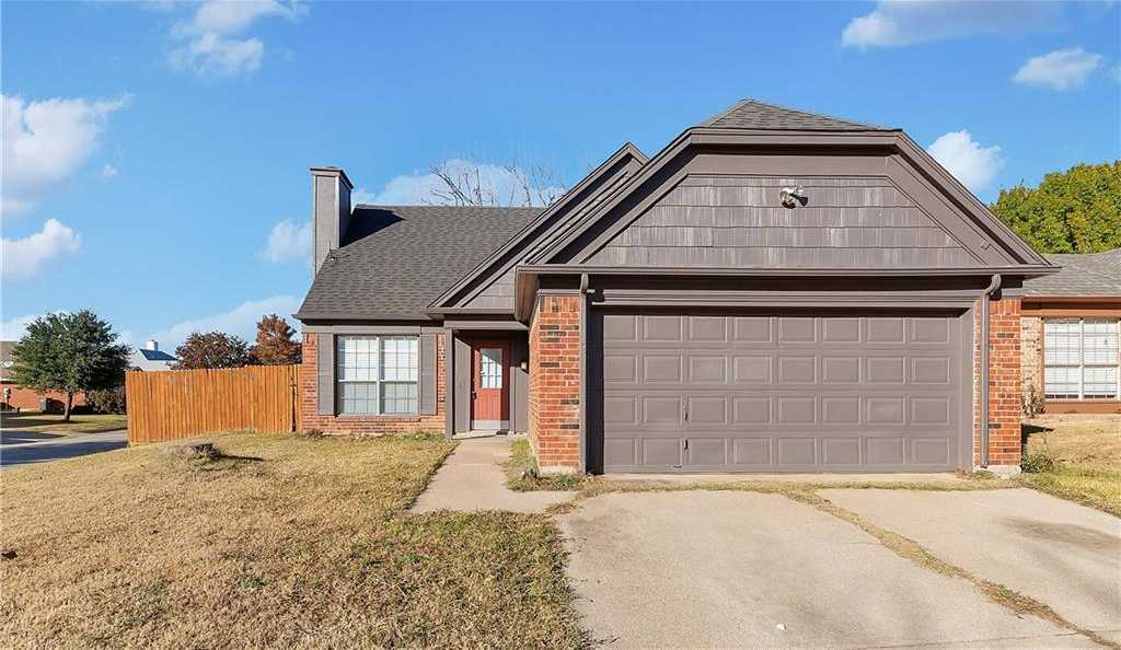 $187,000 - 3Br/2Ba -  for Sale in Summerfields Add, Fort Worth
