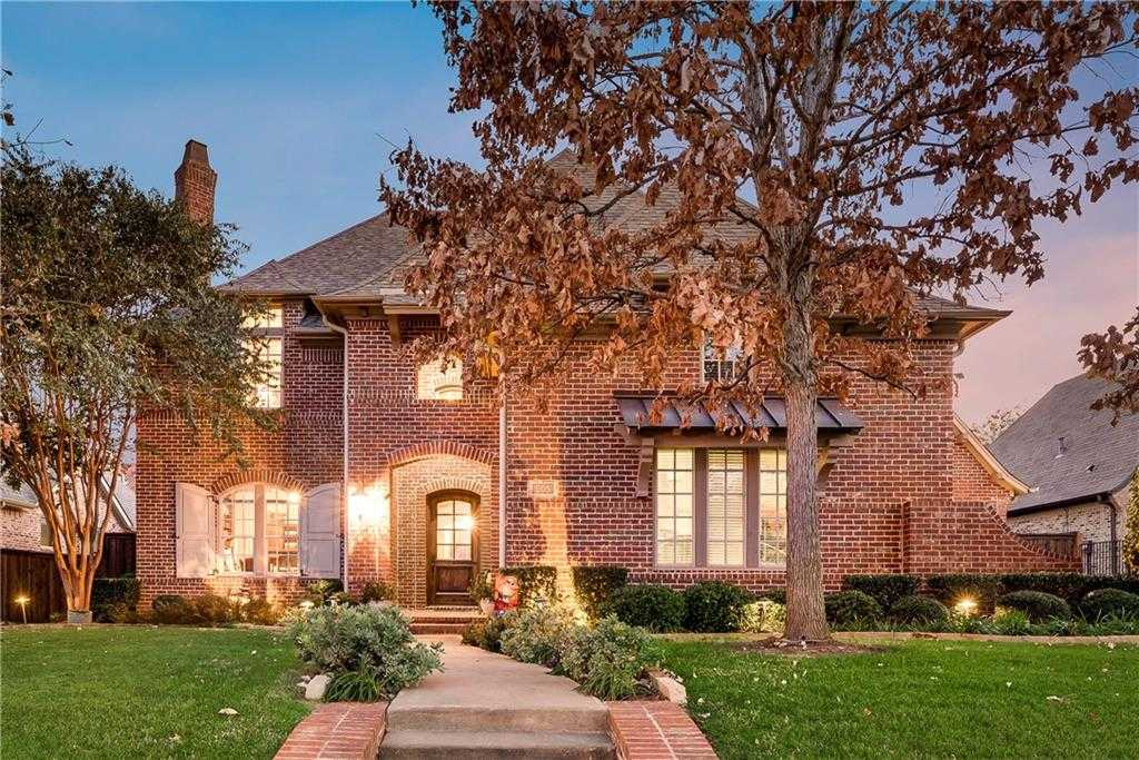 $844,500 - 4Br/5Ba -  for Sale in Old Grove Addition, Colleyville