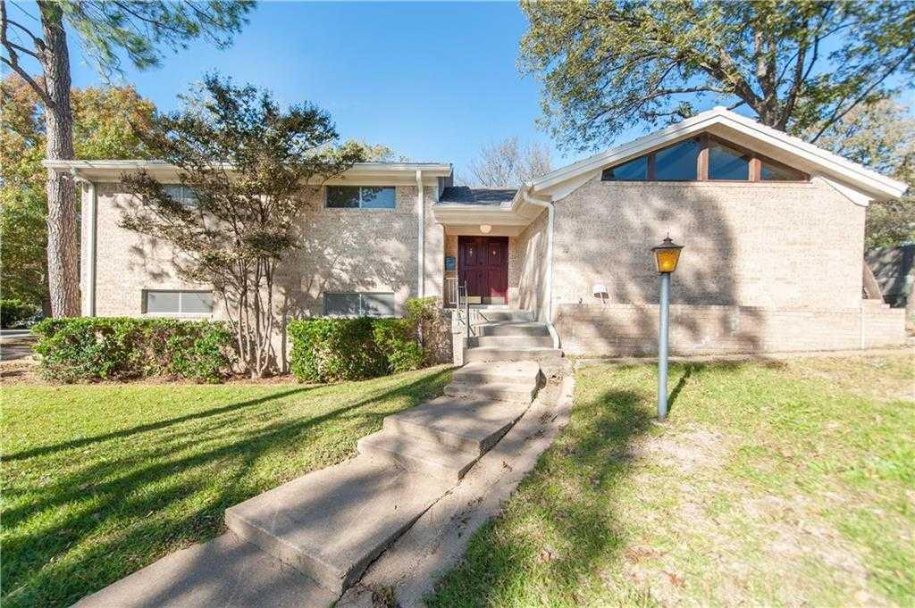 $259,900 - 3Br/3Ba -  for Sale in Oak Park Estates, Hurst