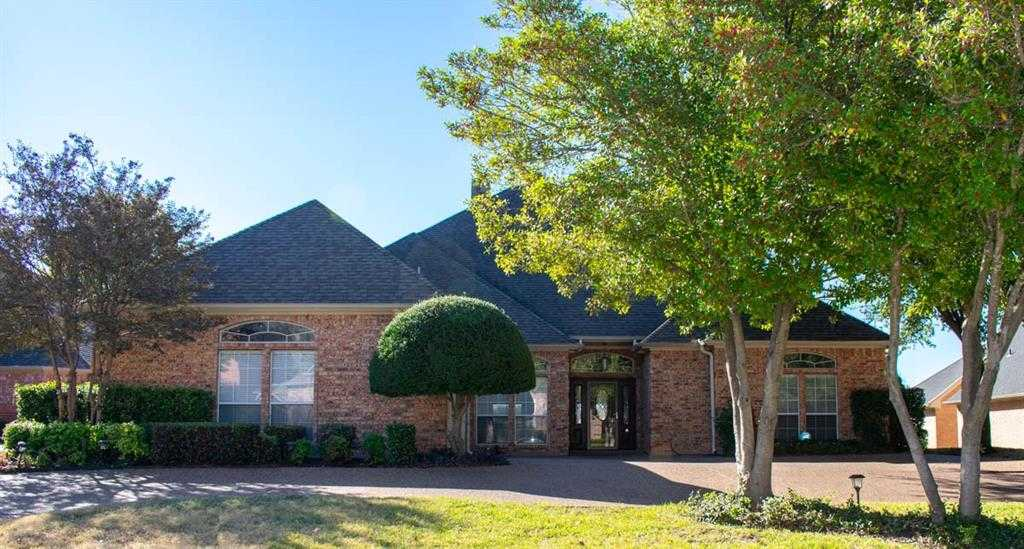 $439,000 - 3Br/3Ba -  for Sale in Meadow Lakes Add, North Richland Hills