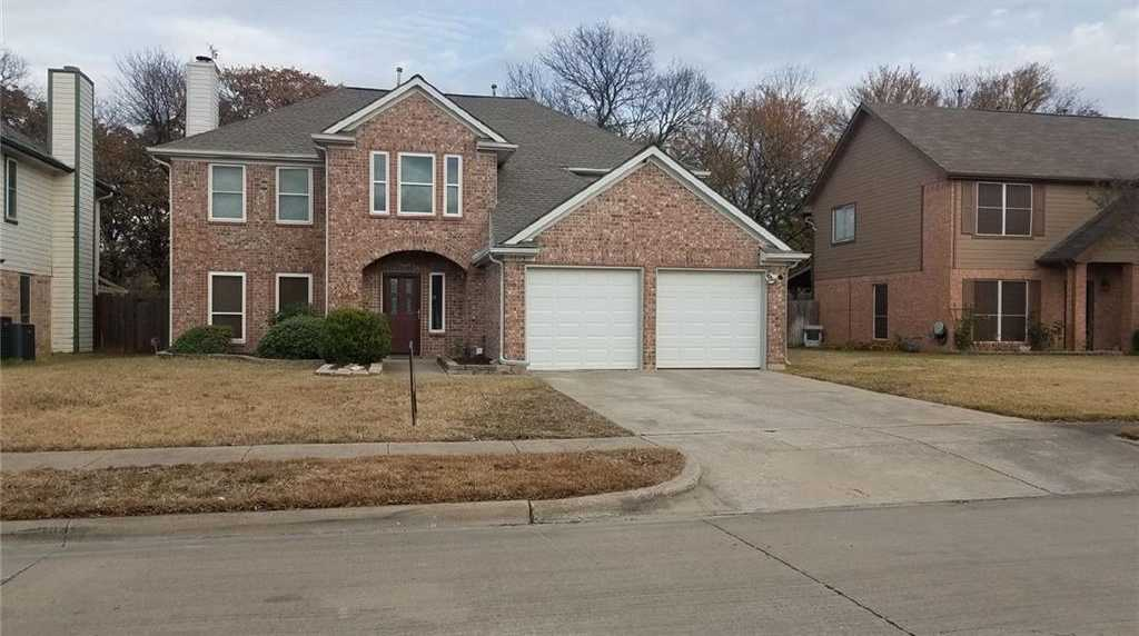 $269,999 - 3Br/3Ba -  for Sale in Westpoint Two Add, Euless