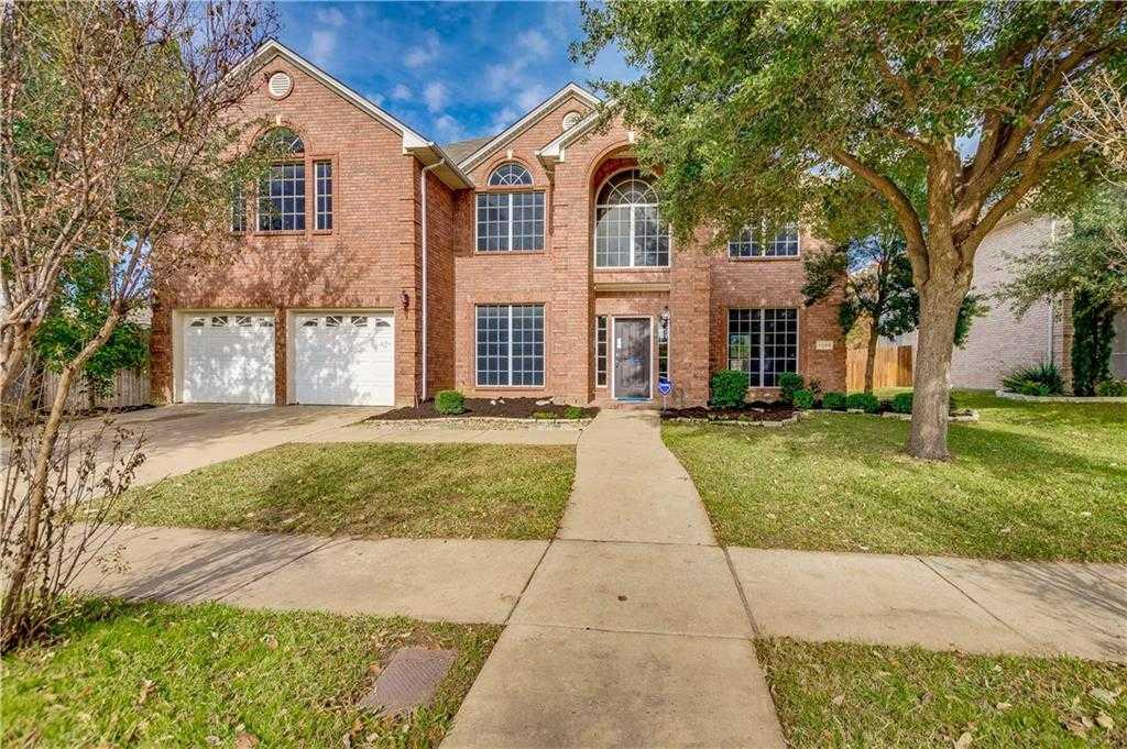$325,000 - 4Br/4Ba -  for Sale in Park Glen Add, Fort Worth