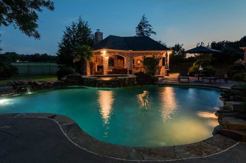 $1,495,000 - 5Br/5Ba -  for Sale in Oakbrook Hills Add, Colleyville