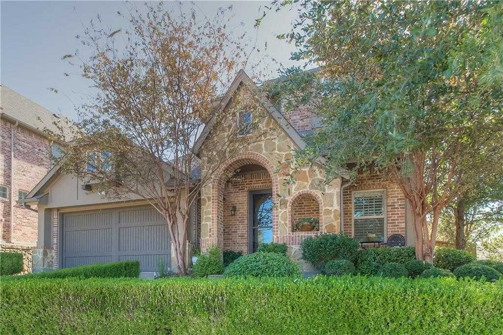$400,000 - 3Br/3Ba -  for Sale in River Hills Ii Add, Fort Worth