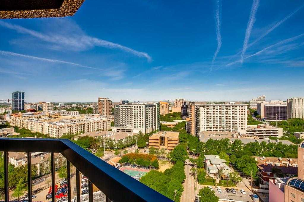 $435,000 - 2Br/2Ba -  for Sale in La Tour Condominiums, Dallas