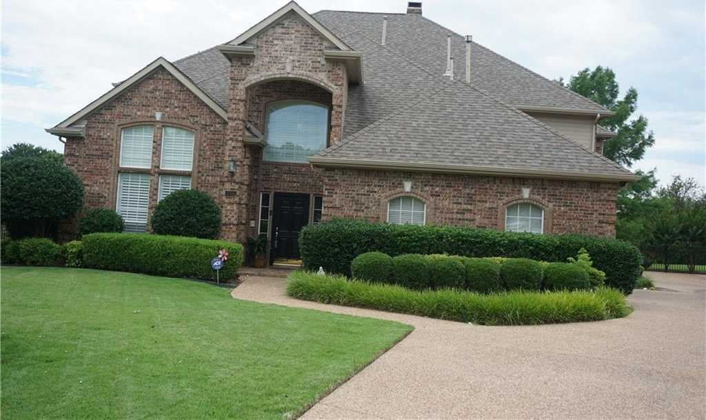 $459,900 - 4Br/3Ba -  for Sale in Stoneglen At Fossil Creek Add, Fort Worth