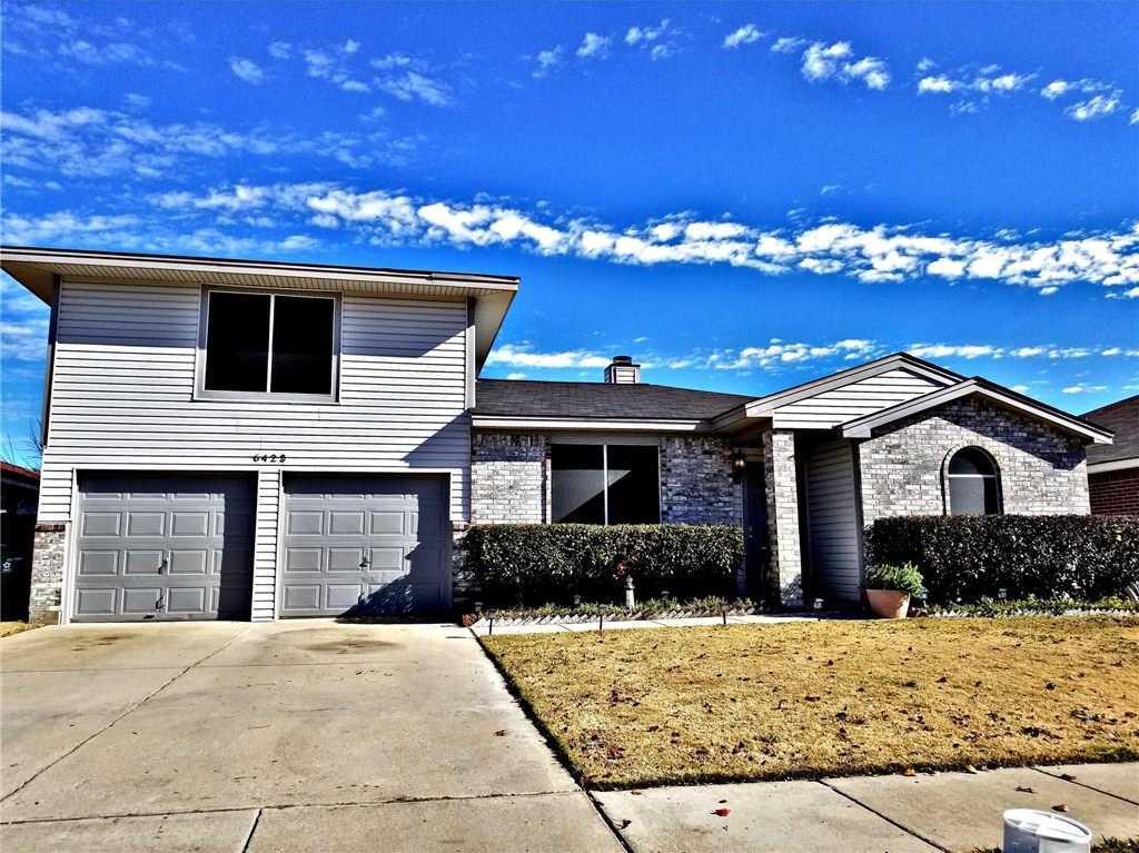 $200,000 - 4Br/2Ba -  for Sale in Colson Estates Add, Arlington