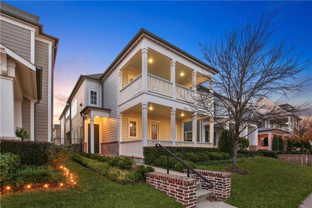 $449,900 - 4Br/4Ba -  for Sale in Old Town Add, Coppell