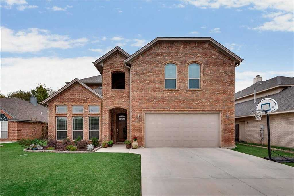 $399,900 - 3Br/3Ba -  for Sale in Emerald Lakes Add, North Richland Hills
